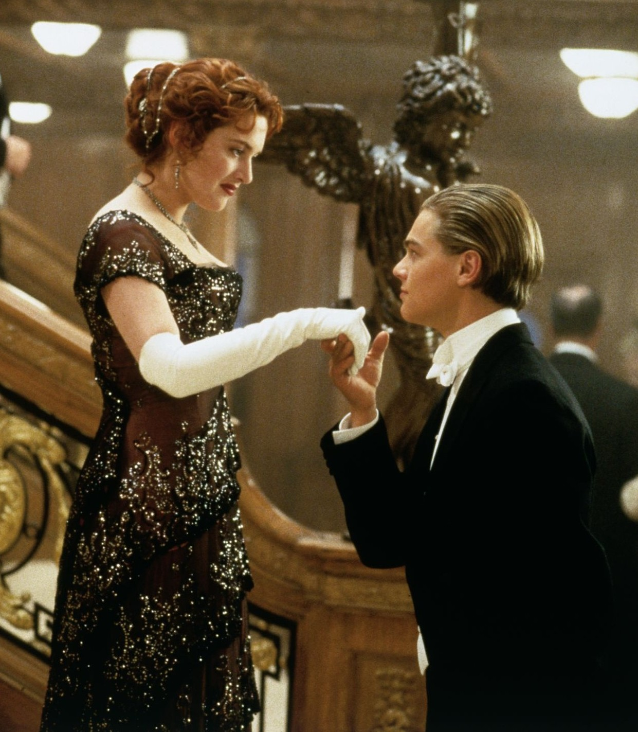 Kate Winslet Titanic Painting Scene Titanic: a film to remember
